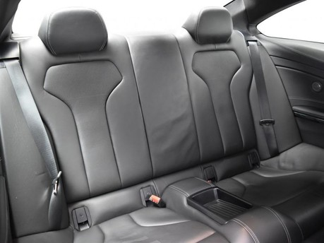 BMW M4 *CARBON DETAILING* 3.0 M4 2d 500++ BHP ***SAT NAV-DAB-BLUETOOTH*** 12