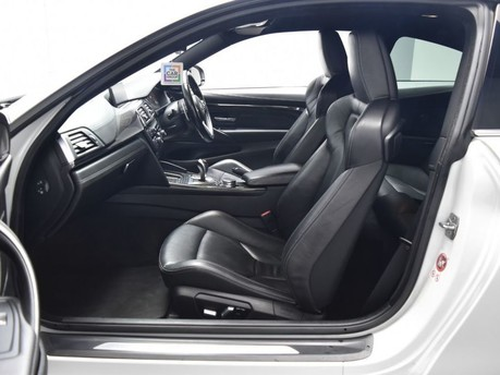 BMW M4 *CARBON DETAILING* 3.0 M4 2d 500++ BHP ***SAT NAV-DAB-BLUETOOTH*** 13