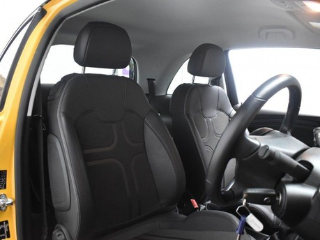 Vauxhall Adam 1.4 SLAM 3d 98 BHP Cruise Control - Air Con 9