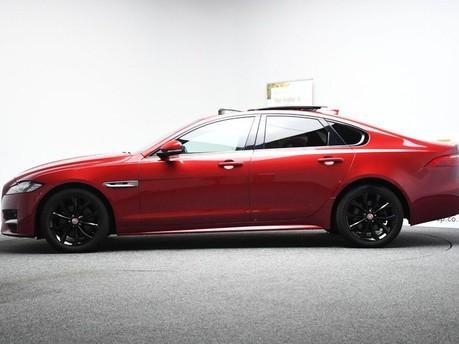Jaguar XF *PANORAMIC ROOF*2.0 R-SPORT 4d 177 BHP ***PANORAMIC ROOF- DIGI DASH *** 7