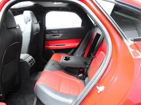 Jaguar XF *PANORAMIC ROOF*2.0 R-SPORT 4d 177 BHP ***PANORAMIC ROOF- DIGI DASH *** 11