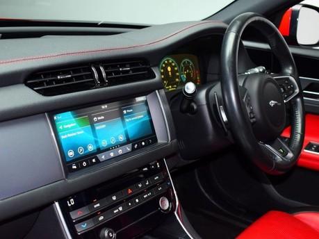 Jaguar XF *PANORAMIC ROOF*2.0 R-SPORT 4d 177 BHP ***PANORAMIC ROOF- DIGI DASH *** 12