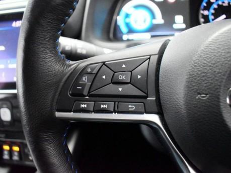 Nissan LEAF *KEYLESS GO*DRIVER ASSIST* N-CONNECTA 5d 148 BHP SAT NAV - 360 DEGREES CAME 17
