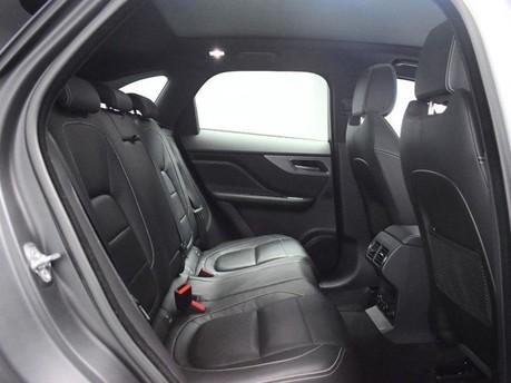 Jaguar F-Pace **PANORAMIC ROOF**3.0 V6 S AWD 5d 296 BHP ***PANORAMIC GLASS SUNROOF*** 8