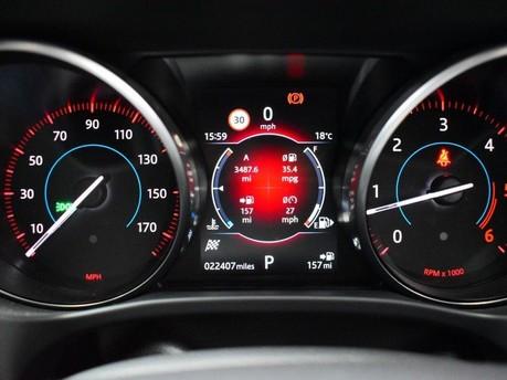 Jaguar F-Pace **PANORAMIC ROOF**3.0 V6 S AWD 5d 296 BHP ***PANORAMIC GLASS SUNROOF*** 11