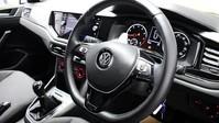 Volkswagen Polo SE TSI 2