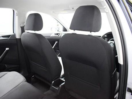 Volkswagen Polo SE TSI 19