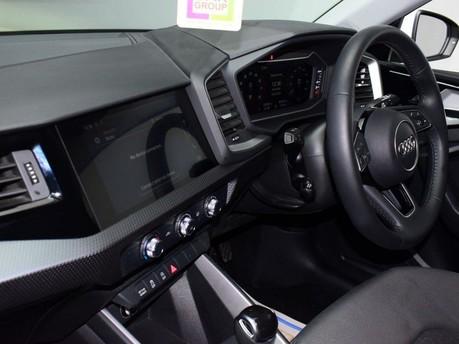 Audi A1 SPORTBACK TFSI SPORT 12