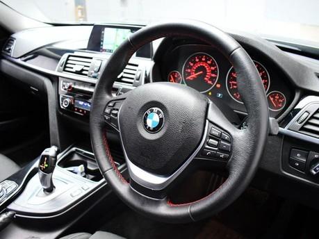 BMW 3 Series 318I SPORT TOURING 2