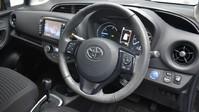 Toyota Yaris VVT-I DESIGN 2