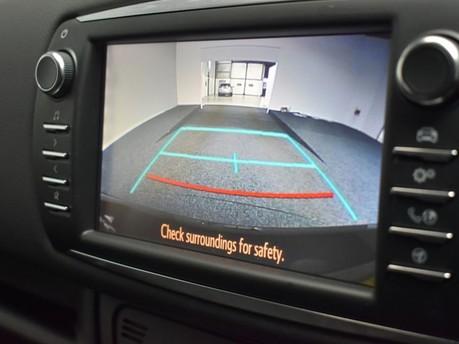 Toyota Yaris VVT-I DESIGN 3