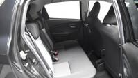 Toyota Yaris VVT-I DESIGN 9