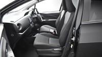 Toyota Yaris VVT-I DESIGN 10