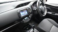 Toyota Yaris VVT-I DESIGN 12