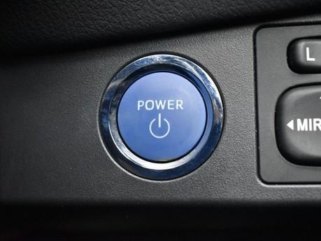 Toyota Yaris VVT-I DESIGN 14