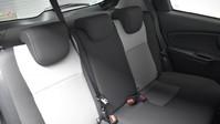 Toyota Yaris VVT-I DESIGN 23