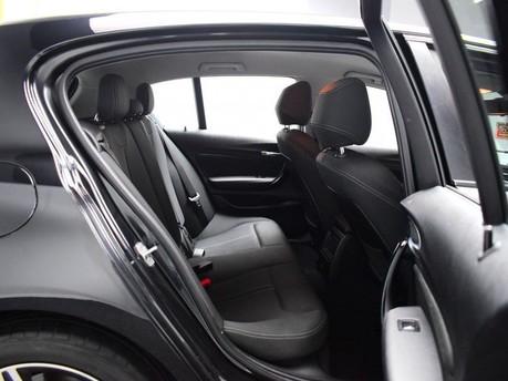 BMW 1 Series C 200 4MATIC AMG LINE PREMIUM 9