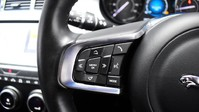 Jaguar E-Pace 2.0 R-DYNAMIC S 5d 148 BHP DUAL ZONE CLIMATE CONTROL 16