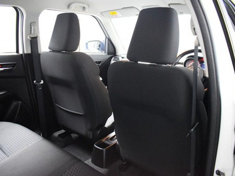 Suzuki Swift SZ5 BOOSTERJET SHVS 19