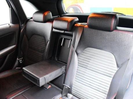 Mercedes-Benz B Class B 200 D AMG LINE PREMIUM 19