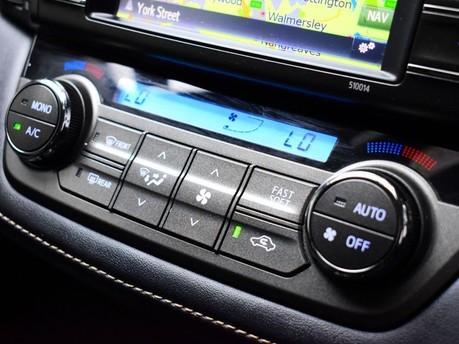 Toyota Rav4 VVT-I INVINCIBLE 15
