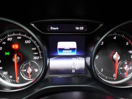 Mercedes-Benz Cla Class CLA 200 D AMG LINE 13