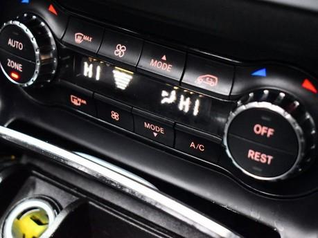Mercedes-Benz Cla Class CLA 200 D AMG LINE 17