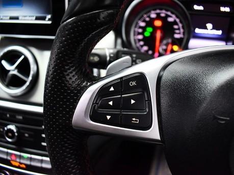 Mercedes-Benz Cla Class CLA 200 D AMG LINE 18