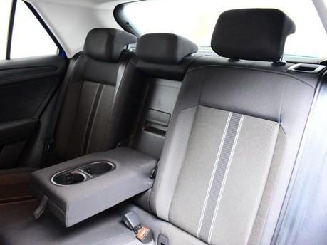 Volkswagen T-Roc SE TSI EVO DSG 18