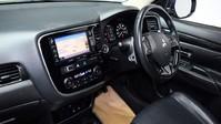 Mitsubishi Outlander *PANORAMIC SUNROOF *2.3 DI-D 4 5d 147 BHP *** 7 SEATS + PANORAMIC SUNROOF * 13