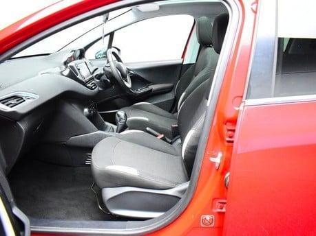 Peugeot 208 STYLE 10
