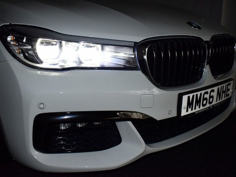 BMW 7 Series 730D XDRIVE M SPORT 8