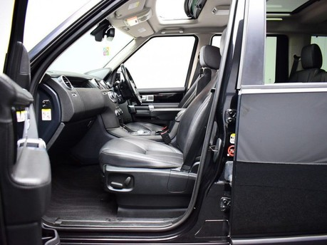 Land Rover Discovery SDV6 LANDMARK 11