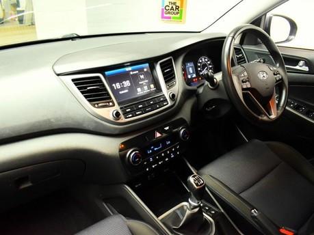 Hyundai Tucson GDI SE NAV BLUE DRIVE 12