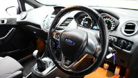 Ford Fiesta ST-LINE 2