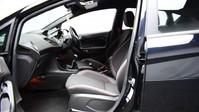 Ford Fiesta ST-LINE 10
