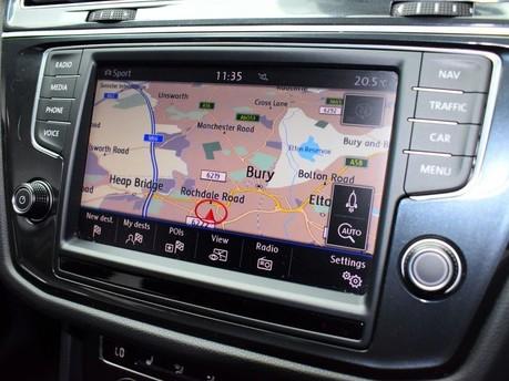 Volkswagen Tiguan SE NAV TDI BMT 4MOTION DSG 2