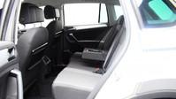 Volkswagen Tiguan SE NAV TDI BMT 4MOTION DSG 10