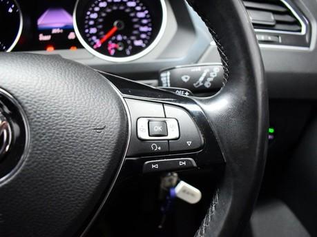 Volkswagen Tiguan SE NAV TDI BMT 4MOTION DSG 15