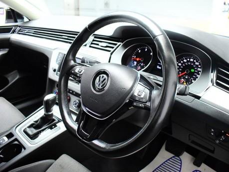 Volkswagen Passat SE BUSINESS TDI BLUEMOTION TECH DSG 2