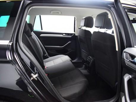 Volkswagen Passat SE BUSINESS TDI BLUEMOTION TECH DSG 9