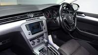 Volkswagen Passat SE BUSINESS TDI BLUEMOTION TECH DSG 12