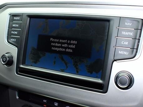 Volkswagen Passat SE BUSINESS TDI BLUEMOTION TECH DSG 14