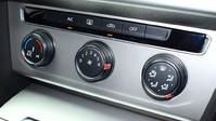 Volkswagen Passat SE BUSINESS TDI BLUEMOTION TECH DSG 15