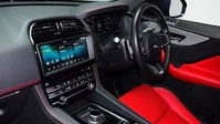 Jaguar F-Pace CHEQUERED FLAG AWD 12
