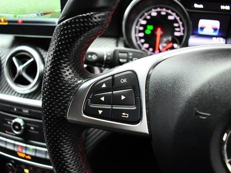 Mercedes-Benz A Class A 180 D AMG LINE 17