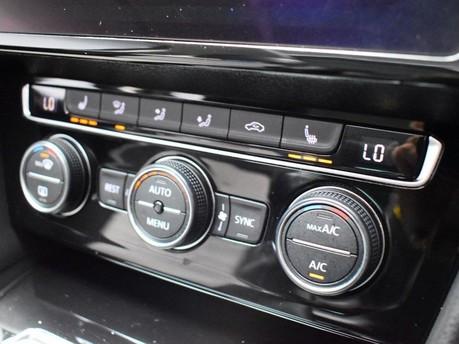 Volkswagen Passat GT TDI BLUEMOTION TECHNOLOGY 16