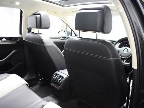 Volkswagen Passat GT TDI BLUEMOTION TECHNOLOGY 19