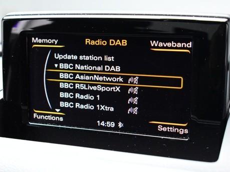 Audi Q3 TDI QUATTRO S LINE BLACK EDITION 15