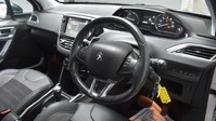 Peugeot 2008 E-HDI ALLURE 2